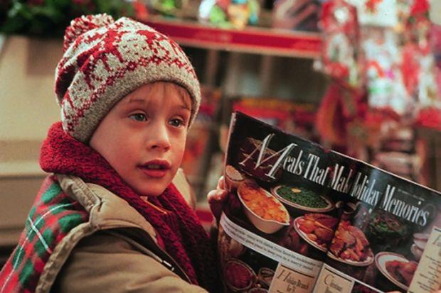 Різдвяні свята добігають до свого логічного завершення, і щоб провести їх з хорошим настроєм, пропонуємо вам підбірку цікавих новорічно-різдвяних філь
