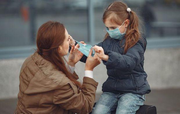 Необов'язково одягати медичні маски, говорить Уляна Супрун. Повідомляє сайт Наша мама.