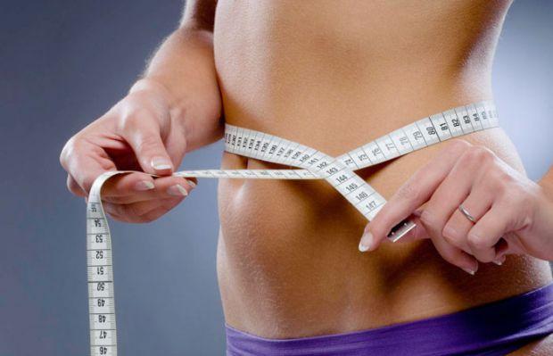 У вас можуть бути ендокринні порушення, які викликають надмірну вагу, набряклість і так далі. Важливо, який розподіл жирових відкладень, чи є шкірні п