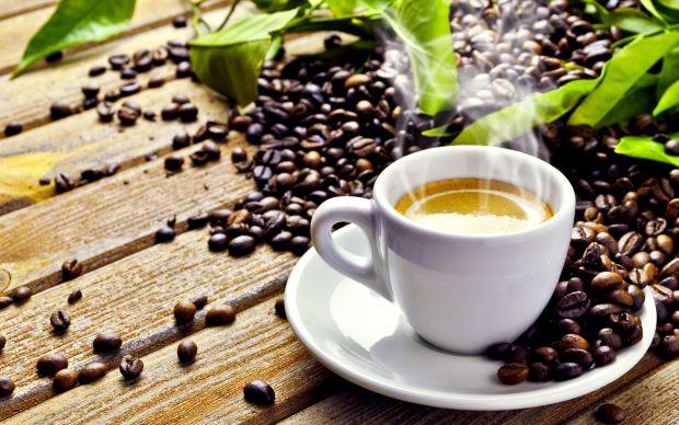 Кофеїн сприяє поліпшенню концентрації уваги, але може тимчасово блокувати доступ інформації в пам'ять.