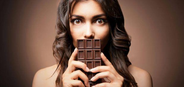 Провівши дослідження, вчені прийшли до висновку, що зупинити тягу до солодкого може хром, який присутній в ряді продуктів.