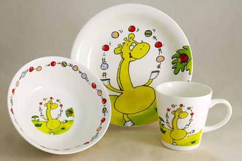 Будьте уважні при покупці дитячого посудуМеламін - це промисловий матеріал, важко навіть уявити, як з нього можна виготовляти посуд... для дітей.
