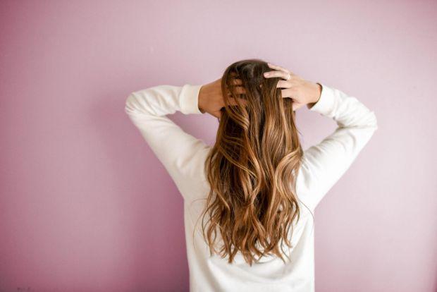 Волосся - не ноги, відросте! Так кажуть усі, хто має довгі коси і мріє про каре. Але потім, обрізавши волосся, не рідко жаліють про цей вчинок. Тож ми