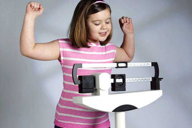 Малюк страждає на ожиріння? Бийте на сполох!