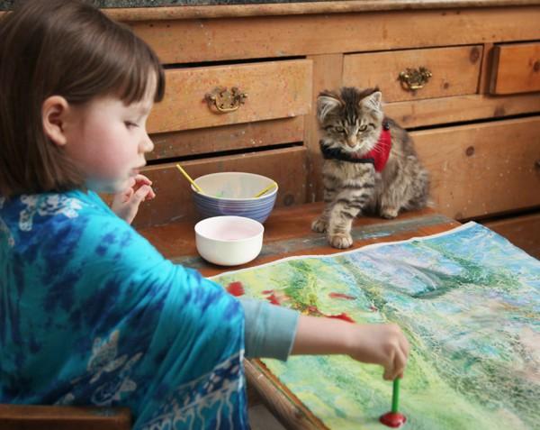Ось це - ТАЛАНТ!Айріс Грейс - 5-річна дівчинка, хвора аутизмом. Дівча дуже повільно вчилася розмовляти, і логопед порадив її батькам дати їй можливіст