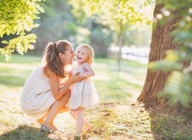 Щаслива мама - щаслива сім'я, а, значить, - і щасливі діти. Як зробити їх такими? Дуже просто: потрібно просто притримуватись наступних методів вихова