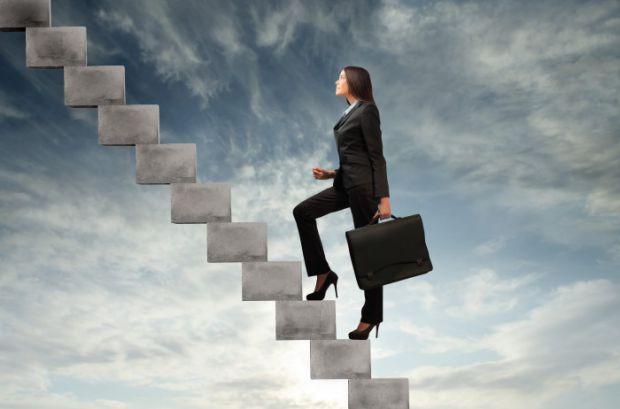Нижче наведено 10 стратегій, які можуть допомогти досягнути найблискучішої кар'єри.