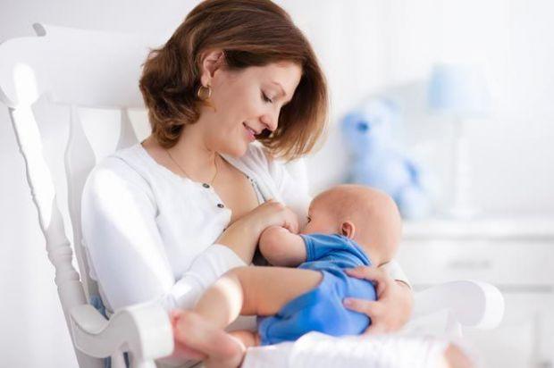 Застій молока — проблема, з якою часто стикаються новоспечені матусі. Як впоратися з лактостазом і чи можна йому запобігти? У одних жінок дана проблем