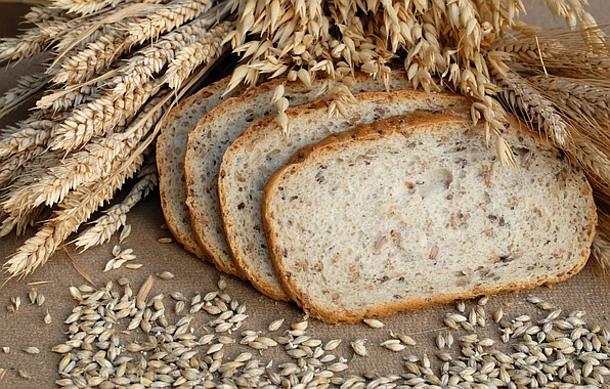 Що їсти, щоб мати добре здоров'я?Продукти здорового харчування - це натуральні продукти: злаки, свіжі овочі, фрукти, кисло-молочні продукти, горіхи та