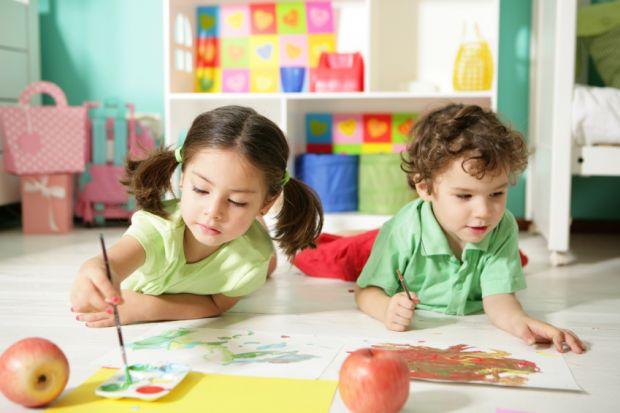 Нещодавно стало відомо про те, що львівських дітей виганятимуть з дитсадків.У Львові дошкільною освітою охоплено 24 100 дітей, а це 68% від потреби. Н