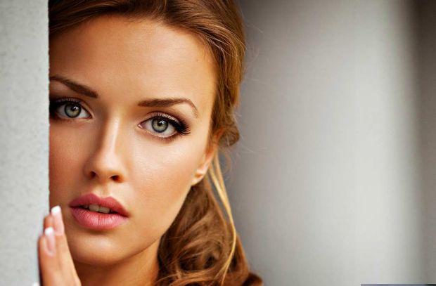 Ви б хотіли побачити ідеальну жінку? Ми - так. Але виникає запитання - чи витримав би український чоловік ідеальну жінку, адже вона, логічно, буде вим