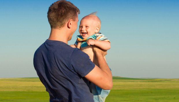 Чим виявляється такий стан і чи можливо допомогти новоспеченому батьку?
