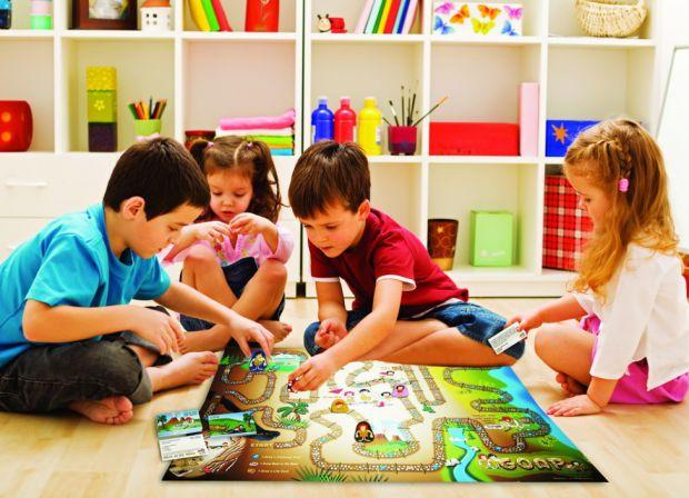 Згідно з останнім дослідженням, проведеним в США, діти з розвиненою зорово-моторною координацією набагато краще освоюють такі предмети, як читання, пи