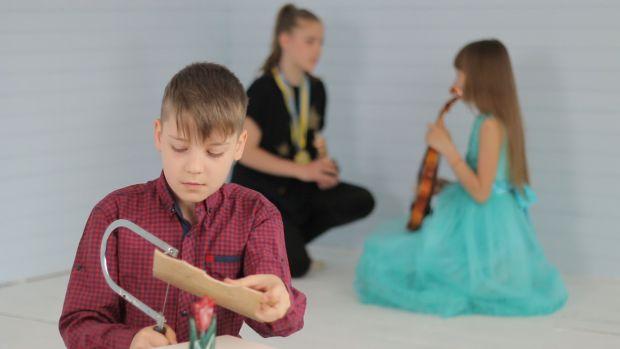 Канадські фахівці в галузі дитячого розвитку назвали три ключові чинники, які зобов'язані знати батьки, які бажають виростити успішних дітей. Виявилос