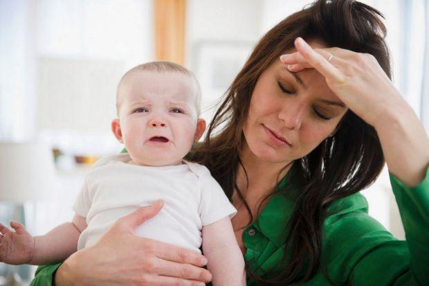 Мати, особливо в перший рік життя дитини, є для неї ресурсом, харчуванням і цілим світом. І якщо цей світ сповнений сліз, фізичного болю, страхів і об