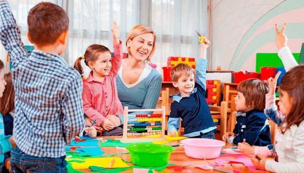 Ви коли-небудь замислювалися над тим, чи немає у вашої дитини роздвоєння особистості? У дитячому садку дитина може прибирати за собою іграшки, самості