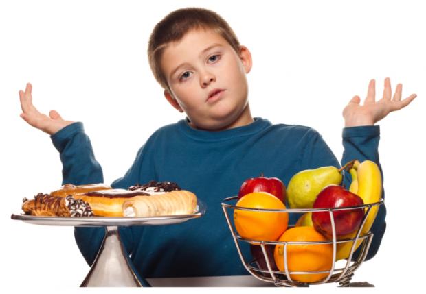 Якщо ви бачите, що ваше чадо має зайву вагу, а незабаром свята, і ви розумієте, що їжі на столі буде багато - то краще виберіть варіант здорового харч