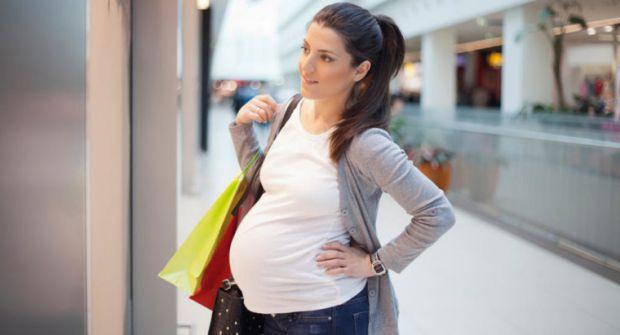Мода для вагітних: як підібрати гардероб на 9 місяців, щоб було зручно - читайте у матеріалі.
