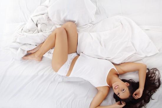 Секс в сімейній парі - це не тільки отримання фізичного задоволення, а й близькість, без якої все інше в житті стає прісним, сірим тощо. Слідом за сек