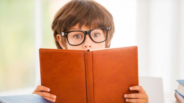 Чому дитина погано читає?