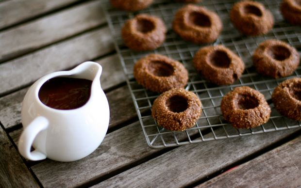 3698_food_differring_meal_cookies_and_hot_chocolate_033228_.jpg (44.37 Kb)