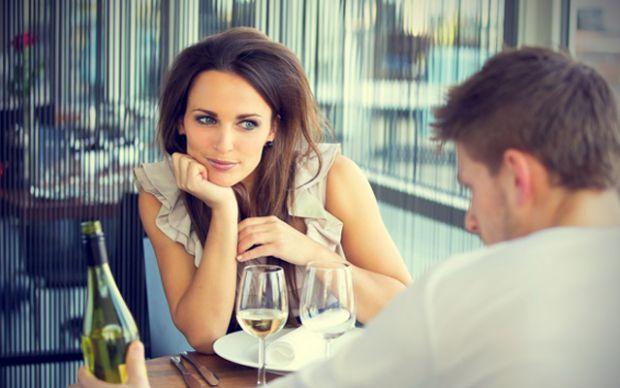 Речі, які відштовхують і не подобаються чоловікам на побаченнях з дівчиною.