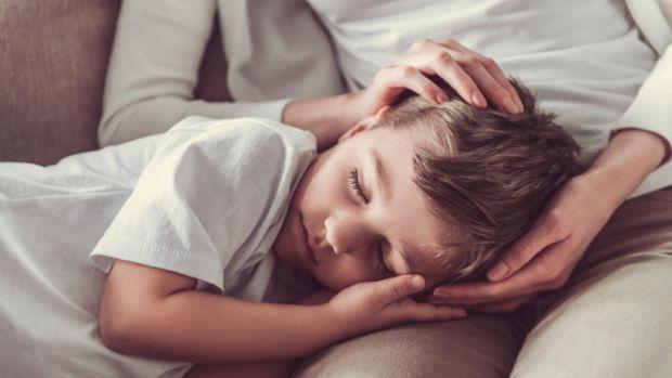Вашій дитині важко прокинутися зранку на навчання, тоді читайте у матеріалі, які цьому служать причини.