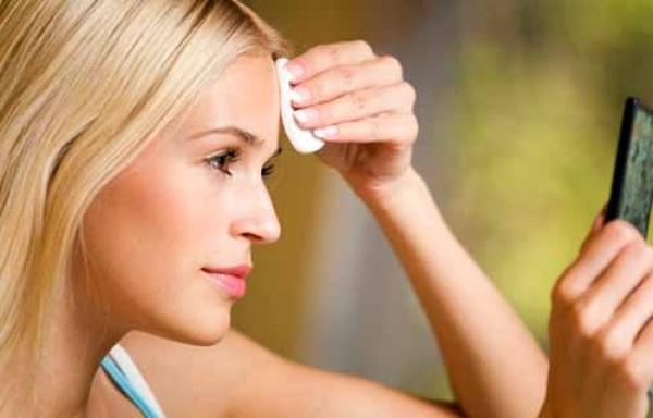 Після 25 шкіра втрачає пружність, тому варто за нею доглядати якомога краще, щоби вас швидко не торкнулися проблеми зі старінням обличчя. Сьогодні