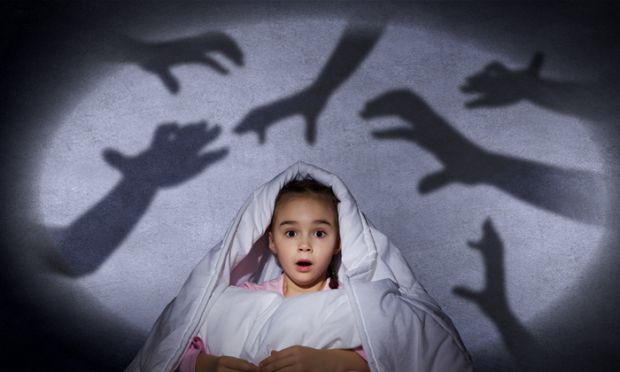 Страхи, народжені в дитинстві, - найстійкіші. Як з ними боротися - читайте далі.