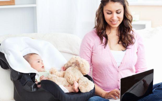 Працювати чи стати домогосподаркою?Медики запевняють, що жінки, які поєднують роботу та догляд за домом, є більш здоровішими.