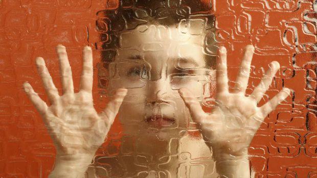 Наукові співробітники Університету штату Меріленд встановили взаємозв'язок між стресами, які переносить чоловік, і ймовірністю розвитку шизофренії у м