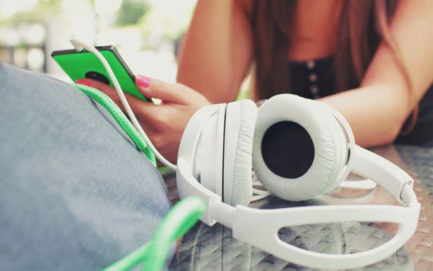 Музика - відіграє велику роль у нашому житті.