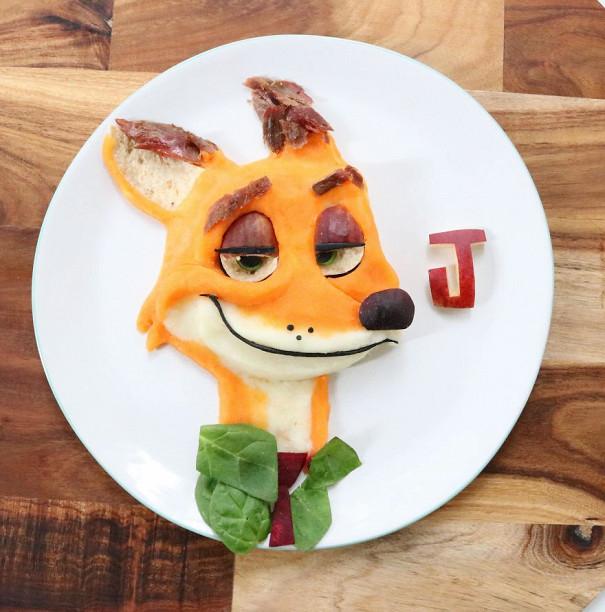 Лалі Мохмед створює незвичайні сніданки і обіди для свого сина. Вона малює на тарілці його улюблених мультяшних персонажів. В її стравах оживають геро
