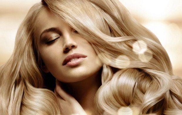 Стилісти вам розкажуть, як підібрати саме той колір та відтінок волосся, який личитиме саме вам.