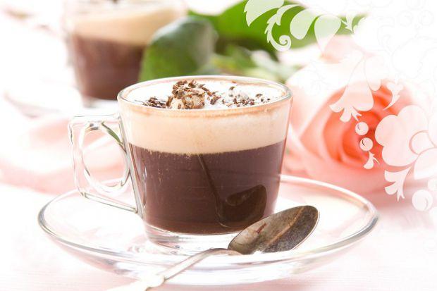 Природним захистом від зморшок вважається какао, яке багате міддю і теоброміном.