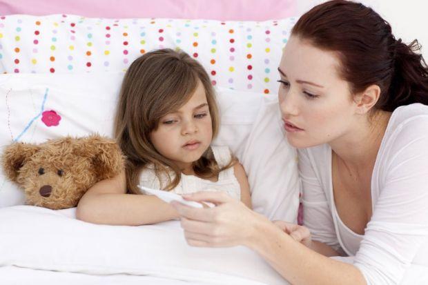 Катерина Шабельник, лікар-педіатр клініки R + Medical Network розповіла, як лікувати COVID-19 у дітей.