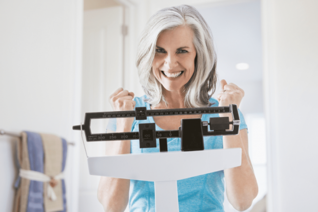 Втрата ваги після настання менопаузи знижує ризик розвитку раку грудей, так встановили вчені з США.