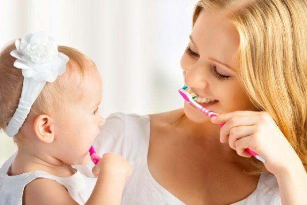 Якщо ви не хочете бігати з дитиною від стоматолога до стоматолога спершу з молочними зубками, а потім вже із постійними, запам'ятайте наступні правила