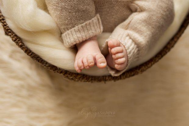 З самого народження малюк дуже чуйно реагує на атмосферу в домі, відчуває найменшу напругу, і дуже сприйнятливий до конфліктних ситуацій. Сварки батьк