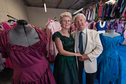3_for_sale_dress_-loving_husband.jpg