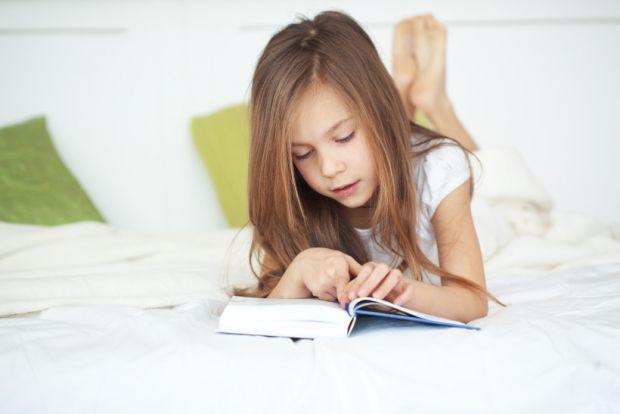 Головні причини сколіозу в дітей, повідомляє сайт Наша мама.