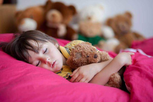 Не дозволяйте малюкові лягати пізніше! Повідомляє сайт Наша мама.