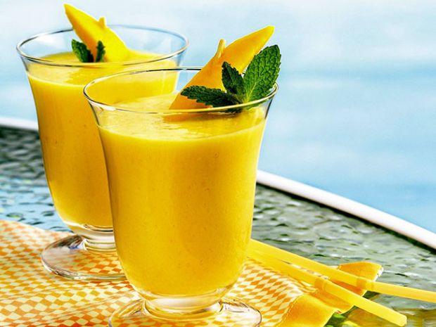 Останнім часом вчені все частіше звертають нашу увагу на манго. Він містить комплекс вітамінів і корисних речовин, є пробіотиком і допомагає схуднути.