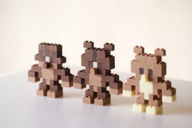 Тепер його можна з'їсти.Акіхіро Мізуучі - японський архітектор-дизайнер, який створив шоколад у вигляді цеглинок Lego. Тепер діти можуть не тільки пог