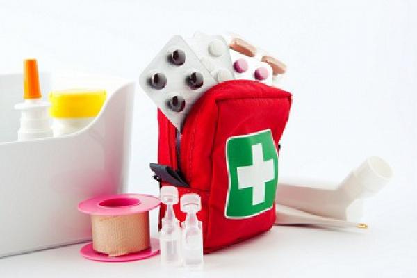 Збираєтесь з малюком на відпочинок? Не забудьте про ліки!