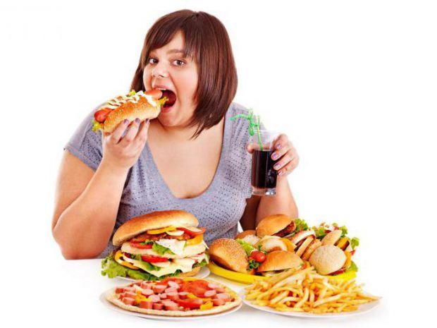 Що робити, якщо їсти дуже хочеться і ви не можете стриматися? Але розумієте, що це загрожує вашій фігурі.