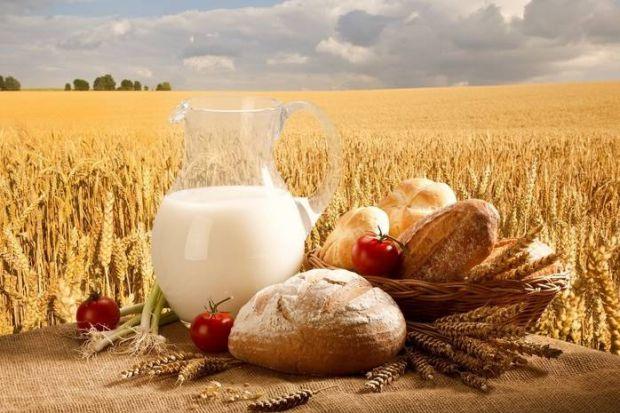 Безперечно, в усі часи найпопулярнішим продуктом є хліб. Стародавні жителі Греції і Риму вважали його незамінною обов'язковою складовою щоденного раці