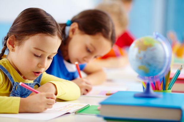У новому дослідженні, проведеному співробітниками Університету Огайо, взяли участь діти у віці 4-5 років. Учасники грали у відеогру, в якій їм потрібн