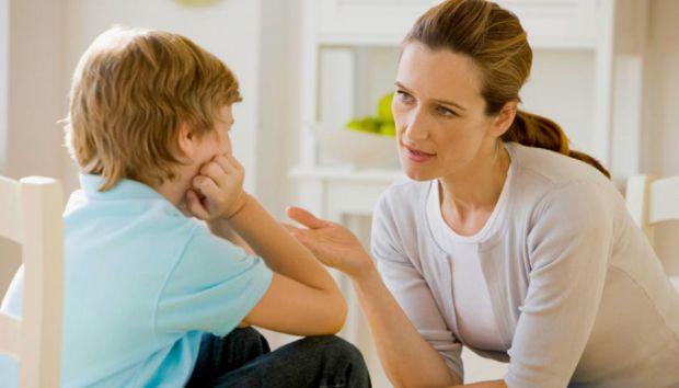 Доволі часто, діти задають такі питання, на які складно відповісти. Якщо ваш малюк питається у вас, чому ви його покидаєте і йдете на роботу чи по сво