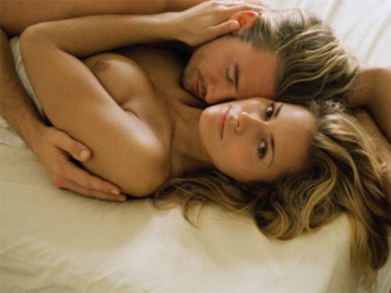 Медики вважають, що регулярні заняття сексом необхідні парам, бажаючим мати дитину.